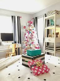 White Black And Pink Bedroom Decorating A Teen Room For Christmas Black White Gold And Pink