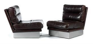 canapé mobilier de mobilier de salon composé dun canapé bas trois places et de deux