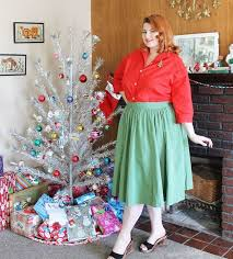 vintage aluminum christmas tree 1950s aluminum christmas tree and vintage plus size fashion