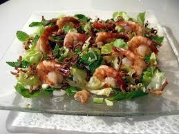 comment cuisiner calamar frais salade de crevettes noix de cajou et calamar croustillant cuisine