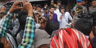 film hantu gunung kidul launching dedemit gunung kidul dibubarkan massa okezone celebrity