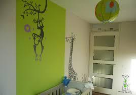 décoration chambre bébé jungle quelques stickers e glue pour une chambre d enfant savane r