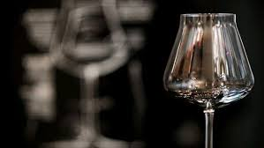 new wine glasses claim to balance water and cctv news cntv