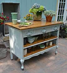 ilot de cuisine antique idée relooking cuisine récupérer un vieux meuble pour bricoler