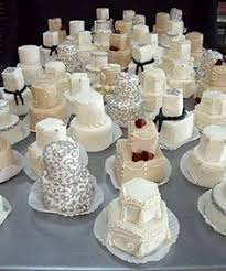 i am in love with these individual wedding cakes done up as gifts