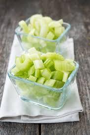 comment cuisiner le celeri recette céleri en branches étuvé