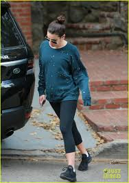 pretty halloween pictures lea michele will be pretty woman for halloween this year photo