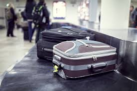 airlines to refund checked baggage fees under new laws