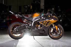 bmw hp4 black custom paint bmw s1000rr looks painfully awesome autoevolution