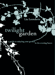 modern country style book review twilight garden by lia leendertz