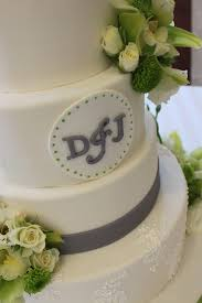 green grey u0026 white themed wedding cake just the frosting