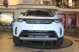 land rover discovery lifted 2017 discovery with lift and 285 50 20 tires land rover forums