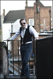 Ricky Valance Movie Ricky Gervais Strikes A Pose In First Picture From David Brent