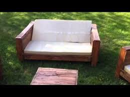 canapé exterieur en palette salon de jardin palette dunlopillo