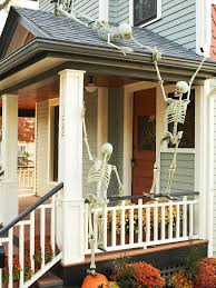 March Madness Decorations Hilarious Skeleton Decorations For Your Yard On Halloween