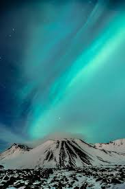 Best Time To See The Northern Lights In Iceland Best 25 Northern Lights Iceland Ideas On Pinterest Northen