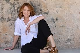 cox contour commercial actress vire lanecarlock com actress producer writer lane carlock