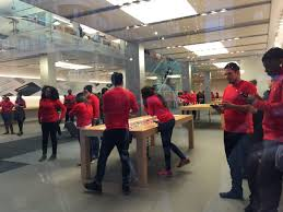 apple store thanksgiving hours black friday in chicago u0027no justice no shopping u0027 breitbart