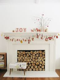 how to decorate your fireplace for christmas 1000 images about