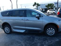 2017 chrylser all new chrysler pacifica with vmi in floor ramp and