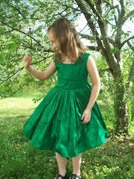 wedding ideas emerald green and black wedding