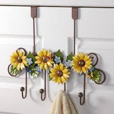 Sunflower Themed Bedroom Best 25 Sunflower Bathroom Ideas On Pinterest Mason Jar Kitchen