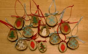 make your own wooden christmas ornaments laura makes