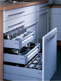 tiroirs de cuisine à compartiment à étage en coin et plus