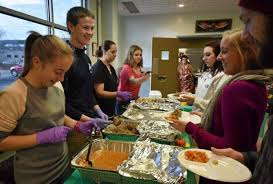 groups and businesses serve up free turkey for news