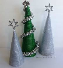 pinch mesh into shapes for these beautiful holiday décor ideas