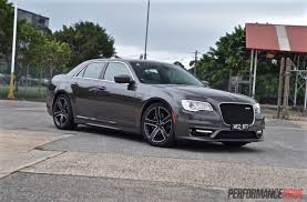 jeep chrysler 2016 2016 chrysler 300 srt core review video performancedrive