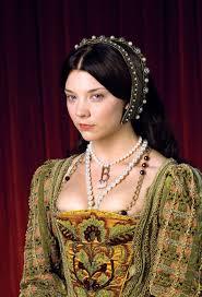 Tudor Halloween Costumes Anne Boleyn Necklace Natalie Dormer2 History Anne