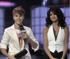 justin bieber not joining selena gomez in for thanksgiving