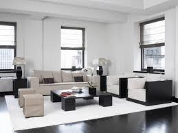 Modern Black And White Rug Living Room Minimalist Black Square Wooden Desk On White Rug On