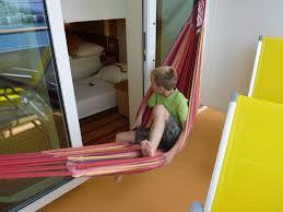 h ngematte auf balkon bild hängematte auf dem balkon zu aidaluna in