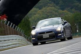 Nissan 2013 Gtr Nissan 2013 Gt R Pushes The Needle In Japan Debut