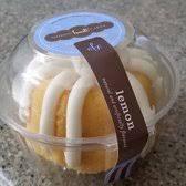 nothing bundt cakes 28 photos u0026 40 reviews bakeries 23973 e