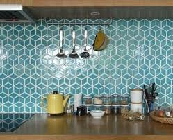 carrelage cr馘ence cuisine awesome idée relooking cuisine le carrelage mural en 50 variantes
