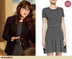 houndstooth dress zooey deschanel s grey houndstooth dress and black blazer on new