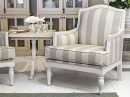 Wohnzimmertisch Landhausstil Gebraucht Wohnzimmer Landhausstil Gebraucht Dekoration Und Interior Design