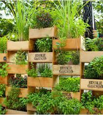 Gardens Ideas Fall Wall Garden Containers Beautiful Hanging Gardens Ideas