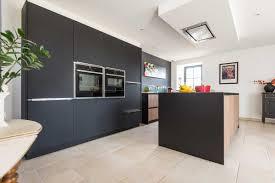 cuisine noir mat et bois beau cuisine noir mat et bois et cuisine bois et noir best ideas