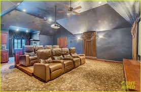 go inside selena gomez u0027s texas dream home photo 1070857 photo