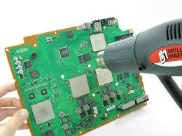 yellow light of repair kit ifixit