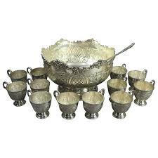 punch bowl vintage sheffield silver plate punch bowl 12 cups and