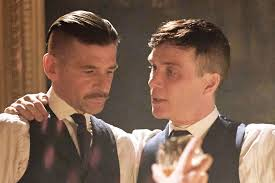 tommy shelby haircut cillian murphy dishes on his trendy peaky blinders haircut new
