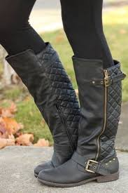 womens boots quilted 457 best s boots images on s boots shoe