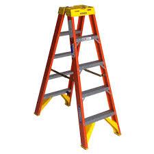 ladder werner 5 ft fiberglass twin step ladder with 300 lb load