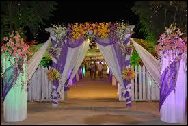 wedding flower gate decoration http whatstrendingonline com