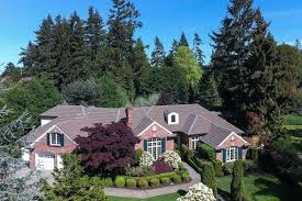 How Many Square Feet Is A 3 Car Garage by What Average Price Per Square Foot Looks Like In Seven Puget Sound